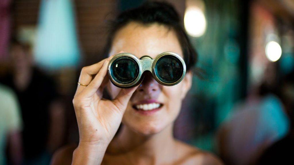 Comment et pourquoi espionner la stratégie digitale de vos concurrents (je vous dis tout !) 1